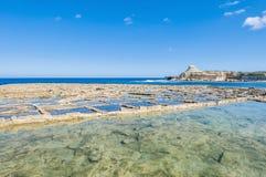 Salez les casseroles près de Qbajjar dans Gozo, Malte Images libres de droits