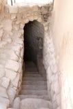 Salga las escaleras de la cueva Fotografía de archivo libre de regalías