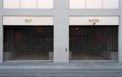 Salga y entre en los accesos de coche Fotografía de archivo
