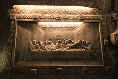 Salgue decorações (a Ceia do senhor) no sal MI de Wieliczka da capela Foto de Stock Royalty Free