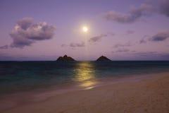 Salida de la luna pacífica Fotos de archivo libres de regalías