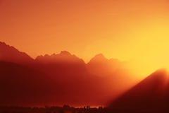 Salida del sol alpestre Fotografía de archivo