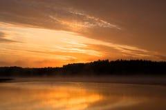 Salida del sol anaranjada Imagen de archivo libre de regalías