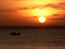 Salida del sol anaranjada Fotografía de archivo libre de regalías