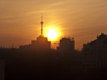 Salida del sol ardiente Fotografía de archivo
