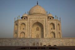 Salida del sol asombrosa en Taj Mahal Fotografía de archivo libre de regalías