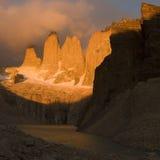 Salida del sol cerca del Torres fotos de archivo