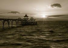 Salida del sol Clevedon Pier England H Fotografía de archivo