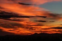 Salida del sol con el cielo hermoso foto de archivo libre de regalías