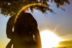 Salida del sol con una llamarada natural de la lente Foto de archivo