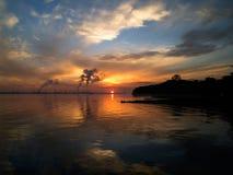 Salida del sol contaminada Imagenes de archivo
