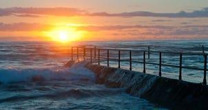 Salida del sol Cronulla, Sydney Imagen de archivo libre de regalías