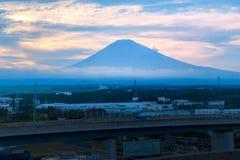 Salida del sol de Fuji de la montaña en Japón Fotos de archivo libres de regalías