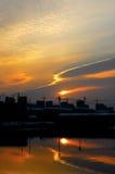 Salida del sol de la ciudad Foto de archivo