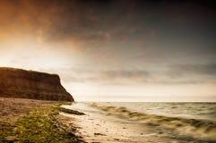 Salida del sol de la costa de mar en Chabanka Odesa Ucrania Imagen de archivo libre de regalías