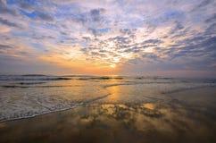 Salida del sol de la costa este Foto de archivo