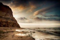 Salida del sol de la costa de mar en Chabanka Odesa Ucrania Fotografía de archivo