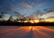Salida del sol 2 de la mañana del invierno Imágenes de archivo libres de regalías
