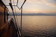 Salida del sol de la navegación Foto de archivo libre de regalías