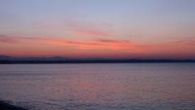 Salida del sol de la playa de Antalya almacen de video