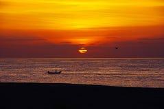 Salida del sol de la playa de la tortuga Imagen de archivo