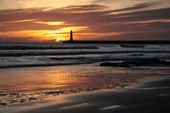 Salida del sol de la playa de Roker Fotos de archivo libres de regalías
