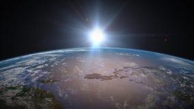 Salida del sol de la tierra sobre Asia sudoriental ilustración del vector