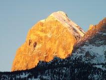 Salida del sol de las dolomías del invierno Imagen de archivo libre de regalías