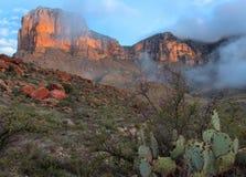 Salida del sol de las montañas de Guadalupe foto de archivo libre de regalías