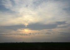 Salida del sol de las tierras de labrantío Imágenes de archivo libres de regalías