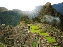 Salida del sol de Machu Picchu foto de archivo