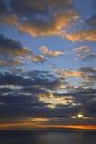 Salida del sol de Makapuu, Oahu, islas hawaianas Imagen de archivo