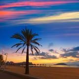 Salida del sol de Mallorca en la playa de Magaluf Palmanova Imagen de archivo libre de regalías