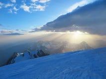 Salida del sol de Mont Blanc Imagenes de archivo