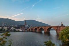 Salida del sol de niebla en Heidelberg fotos de archivo
