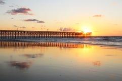 Salida del sol de Océano Atlántico Imagen de archivo libre de regalías