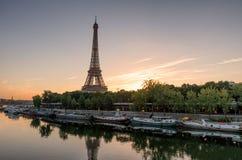 Salida del sol de París Fotos de archivo libres de regalías