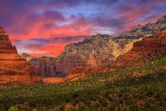 Salida del sol de Sedona Arizona Foto de archivo libre de regalías