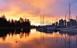 Salida del sol de Stanley Park Seawall, Vancouver Imagen de archivo libre de regalías