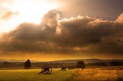 Salida del sol del campo de batalla Imagen de archivo libre de regalías