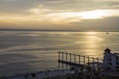 Salida del sol del centro turístico de lujo Fotos de archivo libres de regalías