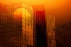 Salida del sol 2 del edificio de Offie Foto de archivo
