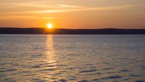 Salida del sol del lago summer Fotos de archivo libres de regalías