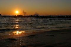 Salida del sol del mar Foto de archivo