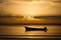 Salida del sol del mar Imagenes de archivo