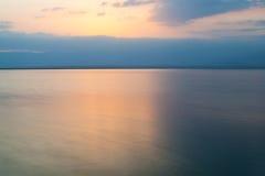 Salida del sol del mar muerto, Israel Foto de archivo