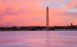 Salida del sol del monumento del Washington DC Imagen de archivo