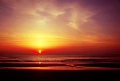 Salida del sol del océano Imagen de archivo libre de regalías