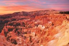 Salida del sol del parque nacional de la barranca de Bryce Foto de archivo