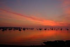Salida del sol del puerto de la madrugada Fotos de archivo
